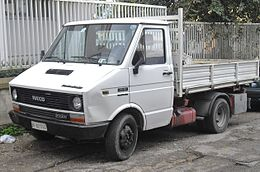 Iveco Daily pickup truck.jpg