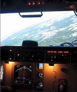 Amateur flight simulation - A homebuilt Boeing style simulator utilizing generic hardware