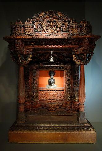 Jain house temple - Image: Jain shrine, Patan, Gujarat, India, early 17th century, painted and gilded wood Cincinnati Art Museum DSC03243