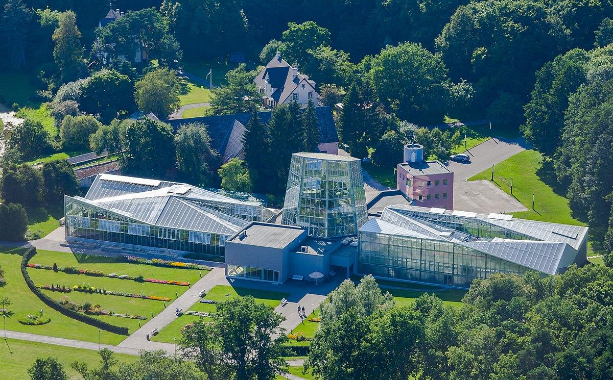 Tallinn botanic garden wikipedia - Botanic meubles de jardin ...