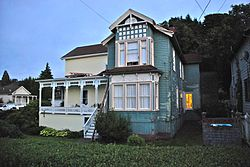 John Hobson House at dusk - Astoria, Oregon.jpg