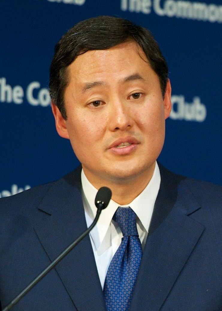 John Yoo 2012 (cropped)