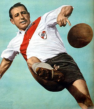 José María Minella - Minella playing for River Plate in 1941.