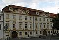 Kanovnický dům, Rožmberský dům, Praha 1, Hradčanské nám. 9, Hradčany.JPG