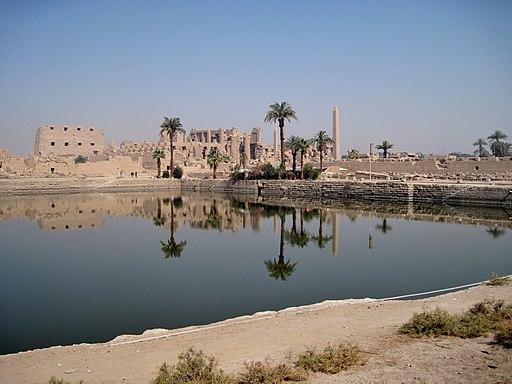 Karnak Heiliger See 03