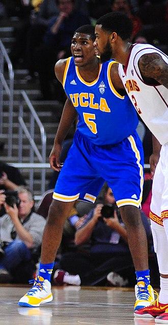 Kevon Looney - Looney as a UCLA freshman on defense against USC