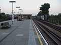 Kilburn station look east.JPG