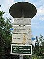 Klimkovice, turistické značení.jpg