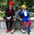 Klovnen Tapé, staty av Clownen Miko och Benny Schumann.jpeg