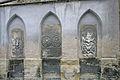 Kostel sv. Petra a Pavla (Čáslav) - náhrobní kameny 2.JPG