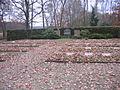 Kriegsgräberstätte auf dem Kahrener Friedhof.jpg