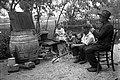 Kuhanje žganja leta 1932.jpg