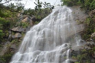 Kutladampatti Falls - Image: Kutladampatti waterfalls Vadipatti