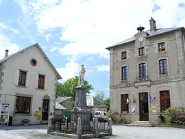 The town hall and the war memorial, in La Nouaille