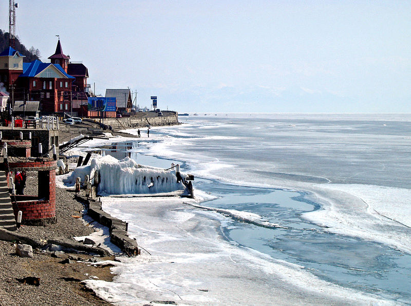 File:Lake Baikal-Listwjanka.jpg