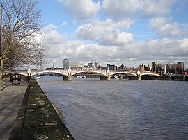Lambeth bridge 1.jpg
