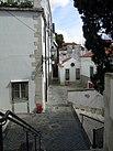 Lanes in the old district Alfama Lisbon.jpg