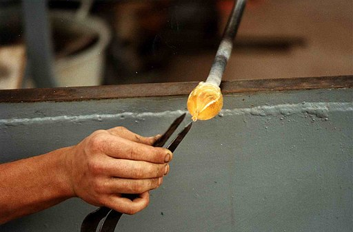 Lavorazioni manuali per il cristallo