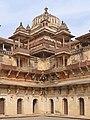 Le Jehangir Mahal (Orchha) (8451915798).jpg