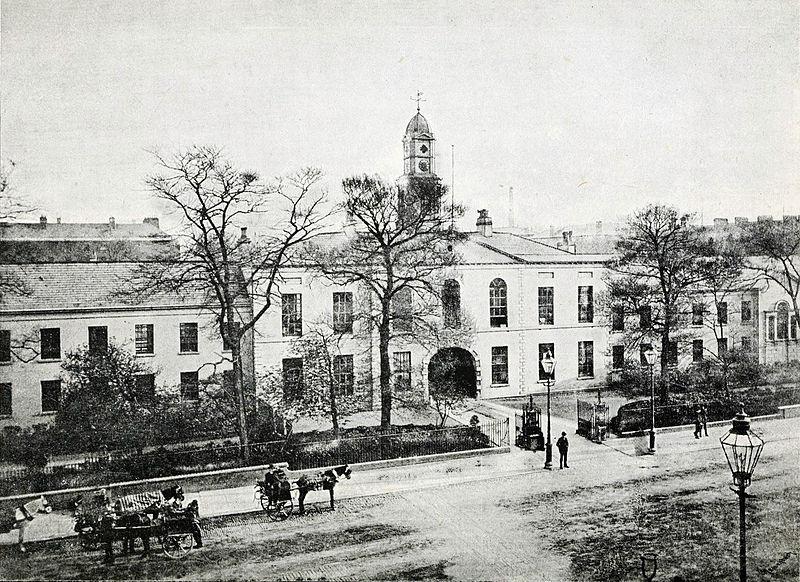 Linen Hall Library, 1888.jpg