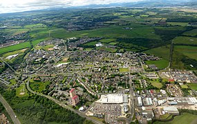 Linwood from the air (geograph 5440984).jpg