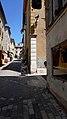 Loïs hiding in Valbonne (3742402882).jpg