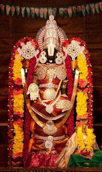 File:Lord Balaji only at Parashakthi Temple.jpg