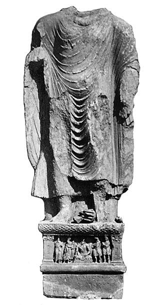 Yavana era - Image: Loriya Tangai Buddha