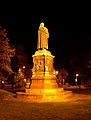 Lutherdenkmal nachts.jpg