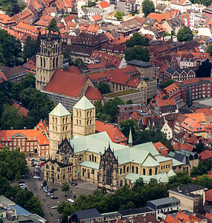 Münster Cathedral - Aerial photograph, with the Überwasserkirche (2014)