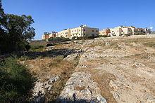 Malta - Mtarfa - Triq il-Konti Salvatore Manduca - Ghajn Qajjied Cart Ruts 03 ies.jpg