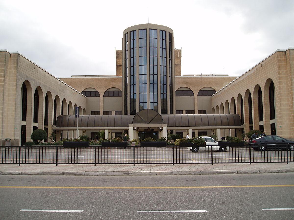 Aeropuerto Internacional de Malta - Wikipedia, la enciclopedia libre