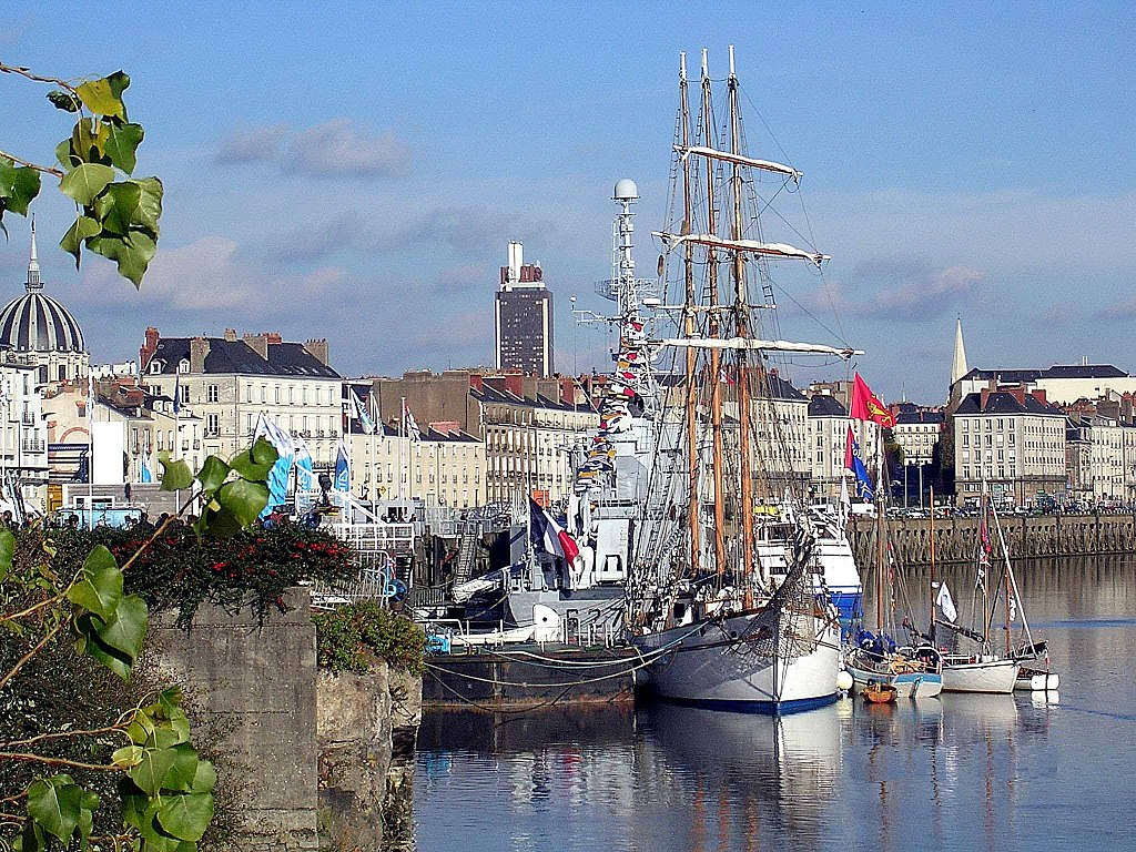 Le Marité en escale dans le port de Nantes. (définition réelle 2048×1536)
