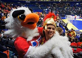 Macedonia national handball team - Image: Mascot Tasa with Macedonian fan