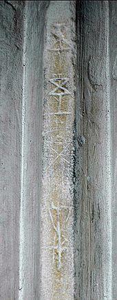 Photo en couleur d'un symbole maçonnique