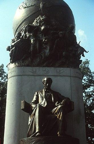 Monument Avenue - Maury Monument