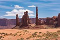 May 2016 - Monument Valley (28305575553).jpg
