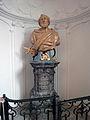 MenU-Kerk-statue-left1.jpg