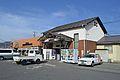 Minami-Matsumoto Station ekisha.JPG