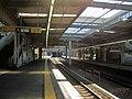 Minami-makigahara Station Platform 2020.jpg