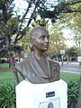 Monumento a Eva Perón en Fcio Varela 02.JPG