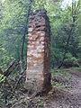 Morysin - zespół pałacowo-parkowy - domek stróża - ruiny bramy.jpg