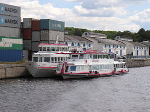 Moskva-198 in North River Port 18-jul-2012 01.JPG