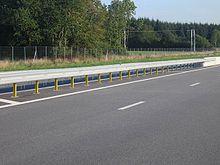 Guard rail - Wikipedia