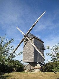 Moulin à vent de Chesnay 4.JPG