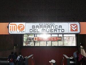 Metro Barranca del Muerto - Station entrance