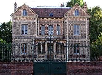 Auneuil - The ceramics museum in Auneuil
