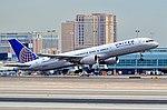 N509UA United Airlines 1990 Boeing 757-222 - cn 24763 - ln 284 (14468995955).jpg