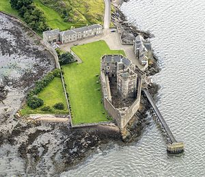 Blackness Castle - Image: NEW Scotland 2016 Aerial Blackness Castle 01