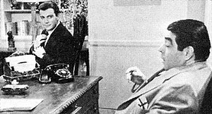 Kurt Kasznar - William Shatner (Archie Goodwin) and Kurt Kasznar (Nero Wolfe) in the CBS-TV series Nero Wolfe (1959)